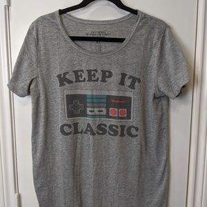 "Tops - Nintendo ""Keep It Classic"" T-shirt/Sz XL"